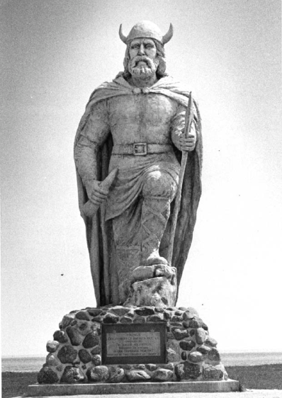 Viking statue in Gimli, Manitoba (Winnipeg Tribune)
