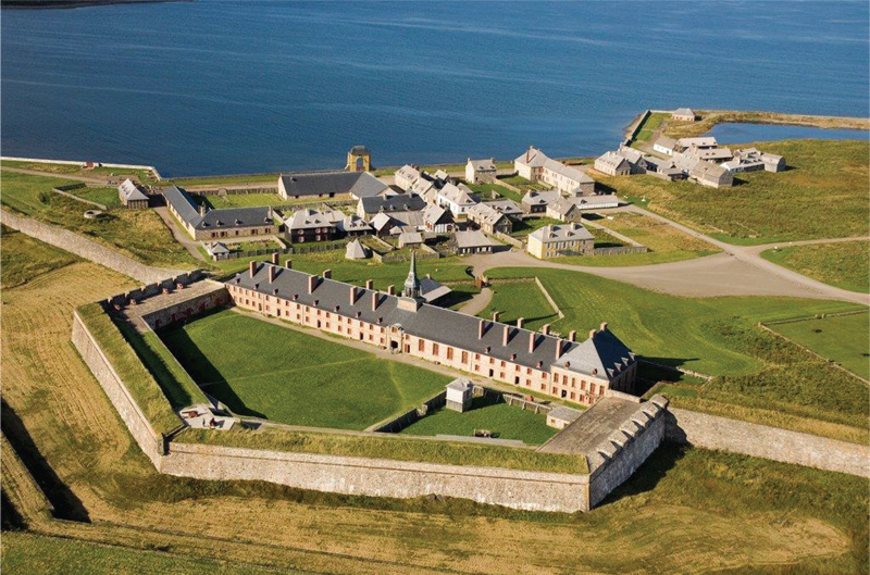 Fortress of Louisbourg (The photo was originally from www.sydneyairport.ca)