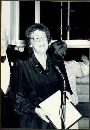 2008.3.1.16.5 - Moran Giving Speech as Best Author of 1988