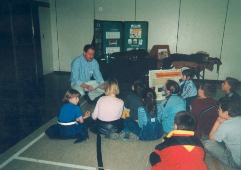Jeremy Siddall with Students, Oct. 2001