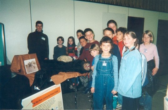 Alexandra Vlaszaty with Students, Oct. 2001