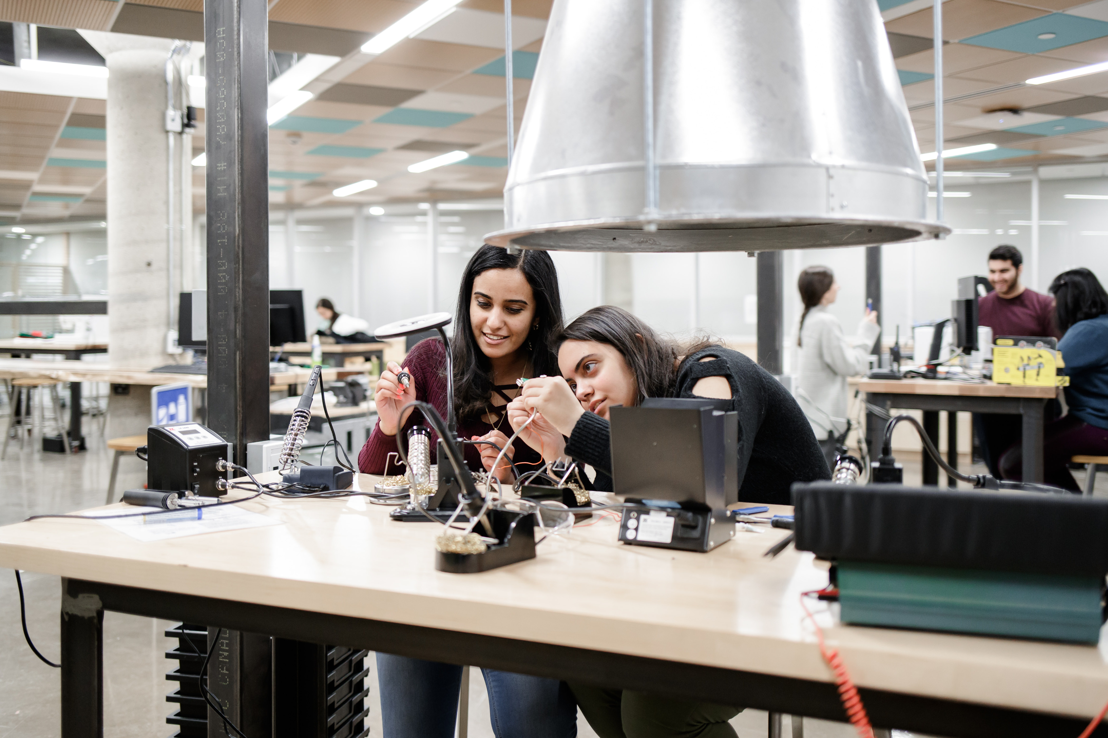 Photos of students using the tools and resources in the Thode Makerspace, which is located in the H.G. Thode Library of Science & Engineering.