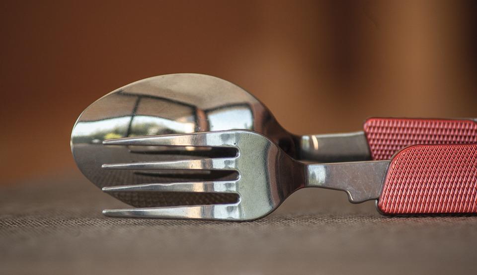 Photo d'une fourchette et d'une cuillère
