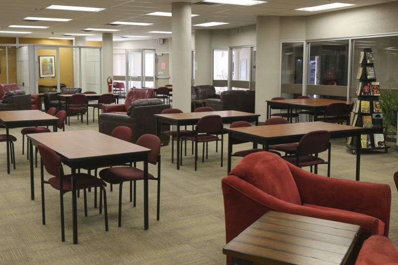 Study space tables with chairs
